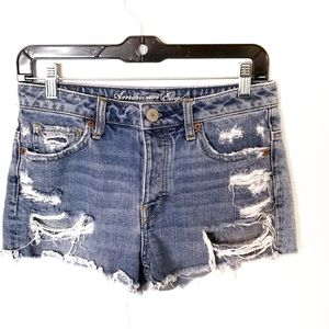AMERICAN EAGLE  distressed cut out Jean short